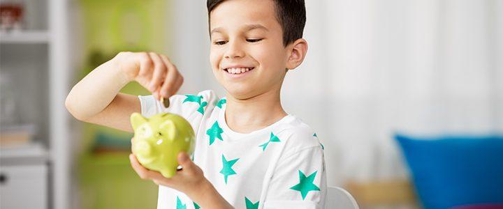 Taschengeld und Nebenjob: Tipps für Eltern!